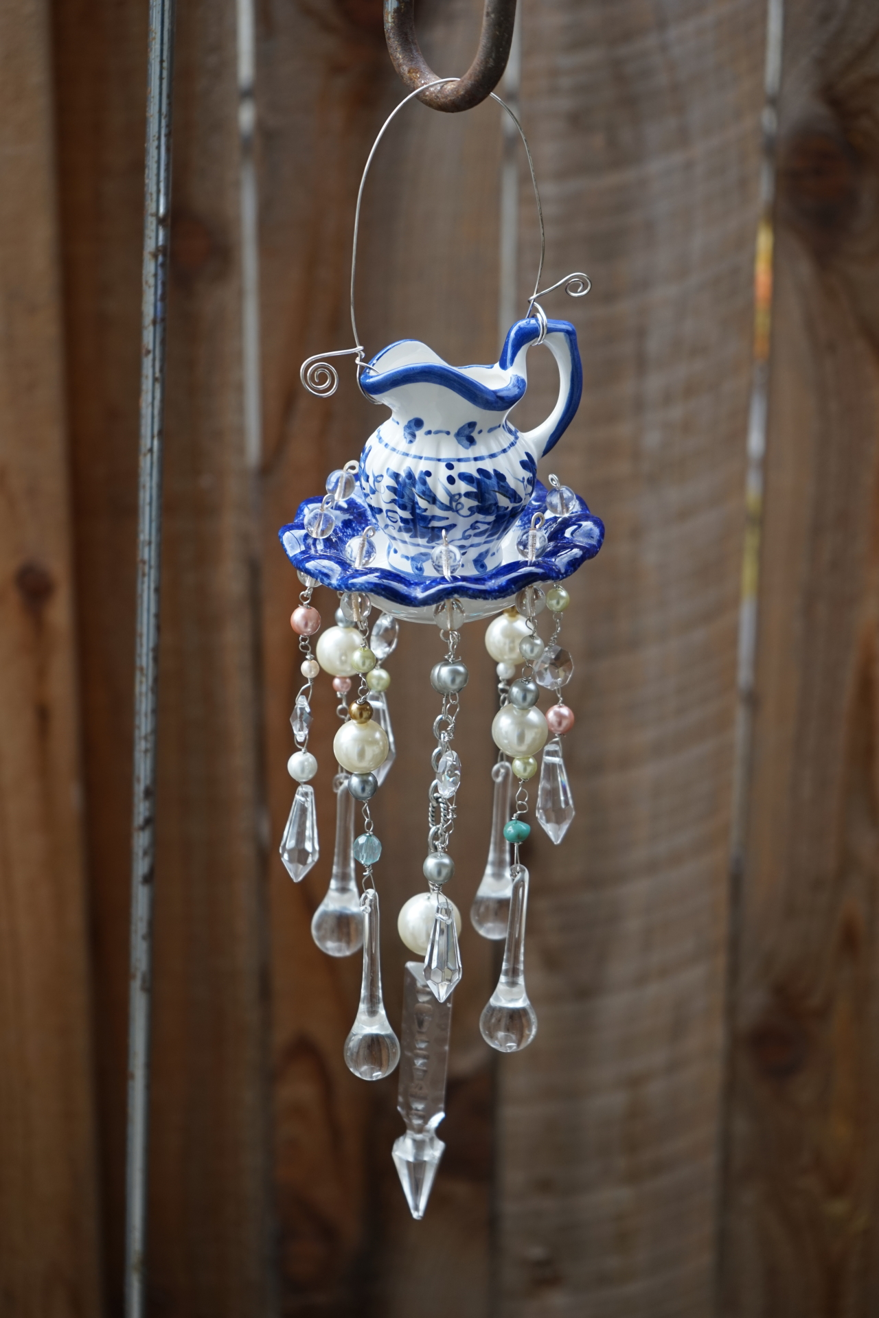 Blue pitcher and washbasin get a new life